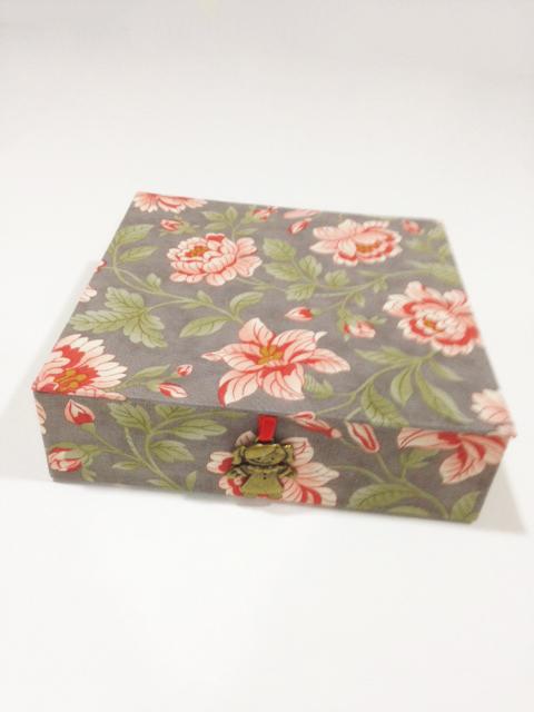 Caja-cartonaje-2613