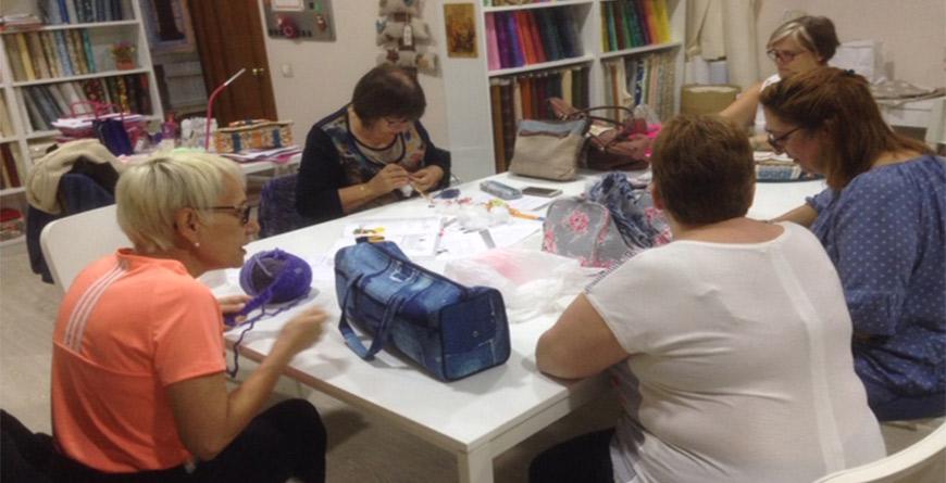 Labores de Punto y Crochet y Colecciones de Lanas en QueSeCose